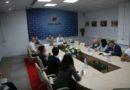 В эти минуты в Пресс-центре Дома прессы проходит семинар на тему: «Организация работы пресс-служб госорганов и иных организаций по информационному сопровождению II Европейских игр»